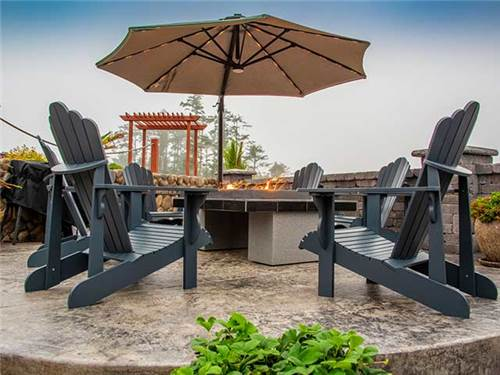 Many sites feature fire pits or fire tables for cozy gatherings if the Pacific fog rolls in.