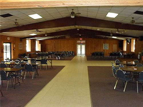 LARGE FACILITIES FOR GROUPS & RALLIES WITH STAGE & FULL KITCHEN