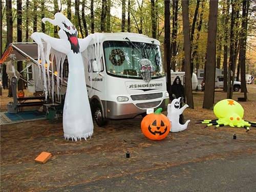 Halloween Decorating Contests