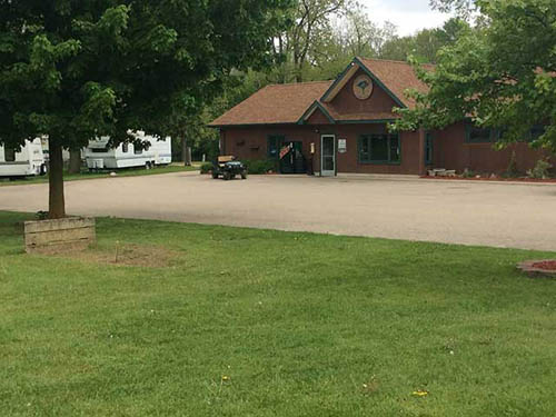 Lansing's Only RV Park, Come and Enjoy