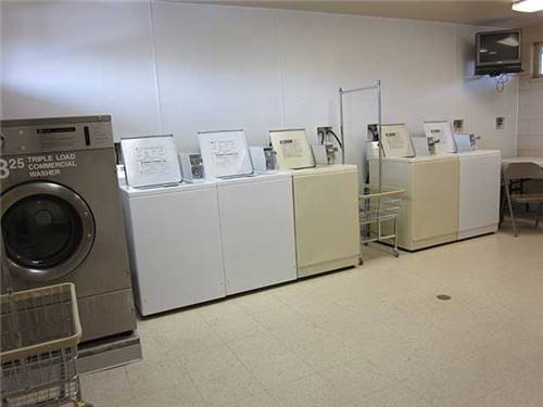 Convenient & clean laundry room