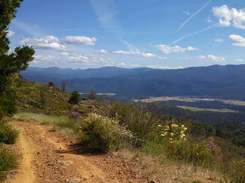 Hundreds of miles of OHV trails nearby