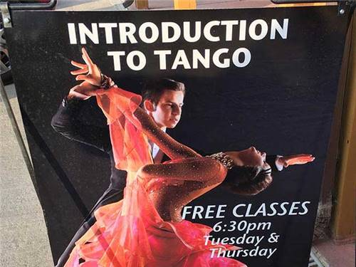 Enjoy our Tango classes!