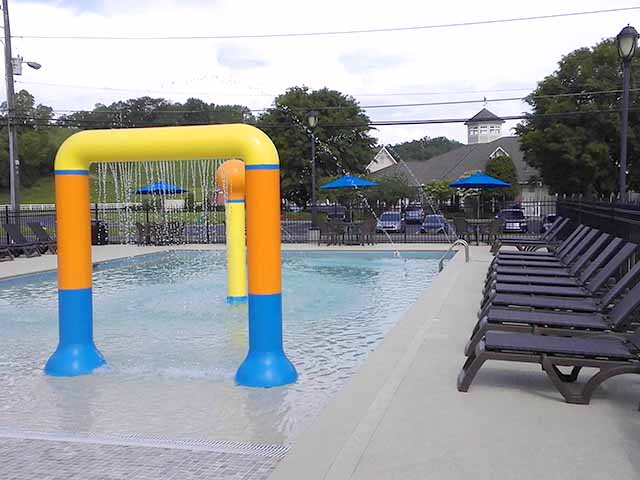 Enjoy our splash pool