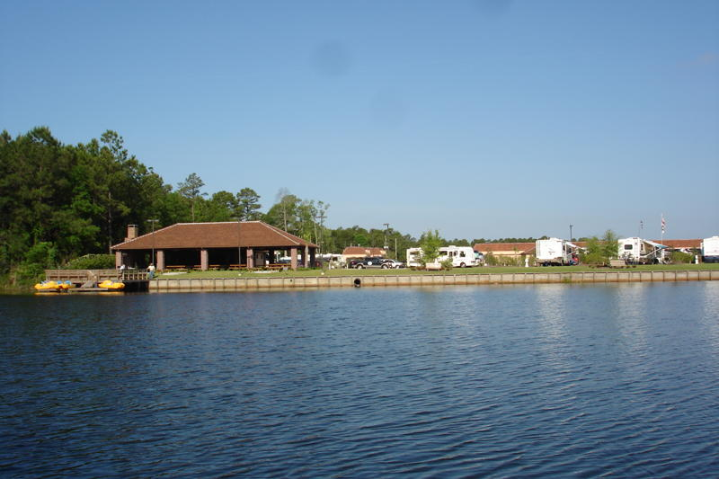 Coastal Georgia RV Resort Lake